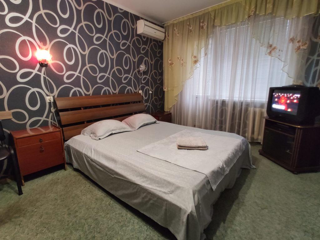 Посуточная аренда 1-комнатной квартиры в Кривом Роге, Саксаганский район